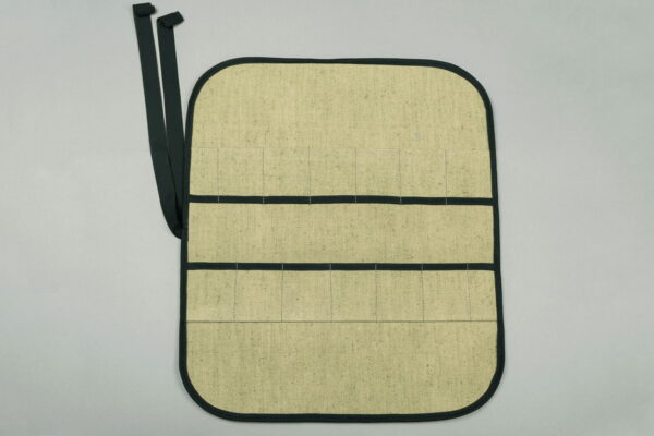 TR12 – Tool Storage Roll for 12 Tools