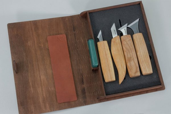 S05 book – Geometric Wood Carving Knives Set in a Book Case