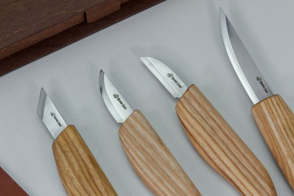 S07 Book – Basic Knives Set of 4 Knives in a Book Case - 3