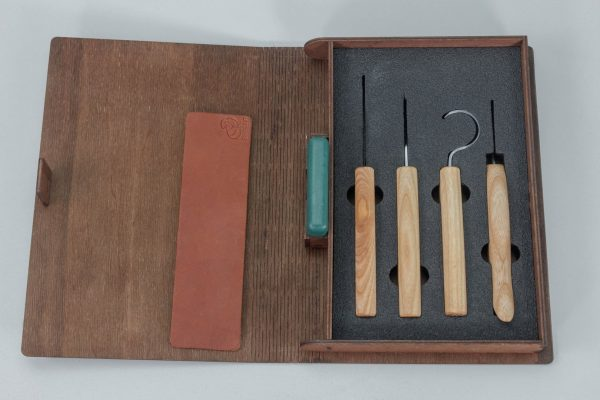 S09 book – Set of 4 Knives in Tool Roll in a Book Case - 6